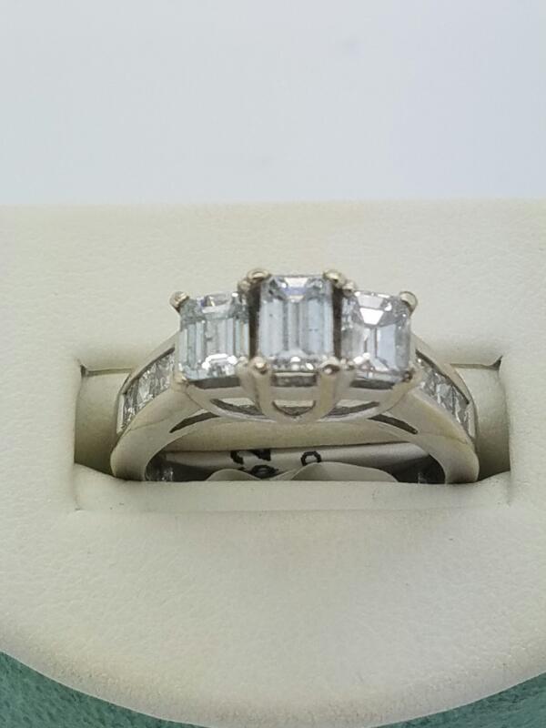 SOLITAIR Lady's Diamond Engagement Ring DIAMOND 9 Diamonds .80 Carat T.W.