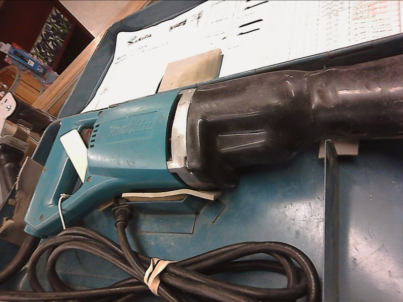 MAKITA Reciprocating Saw JR3000V