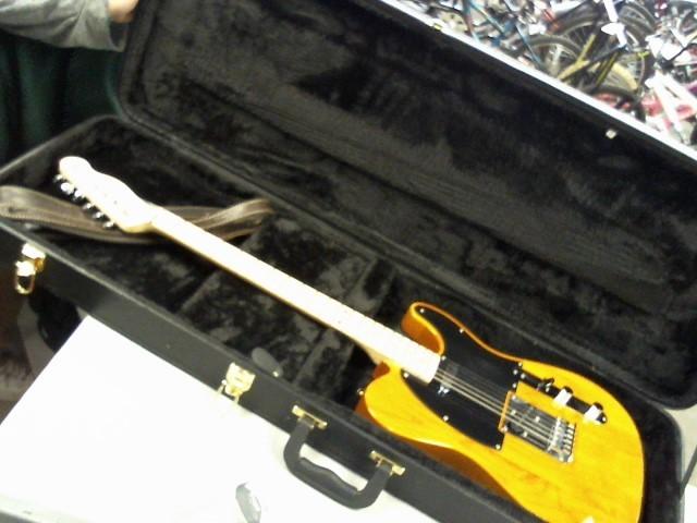 FENDER Electric Guitar SQUIER TELE