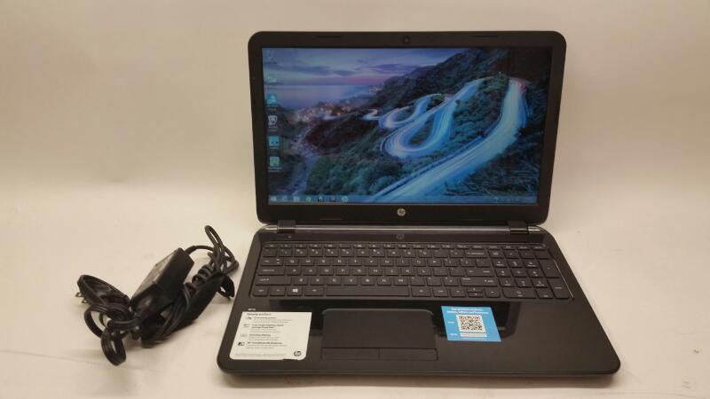 Hewlett Packard Laptop HP 15 windows 8.1