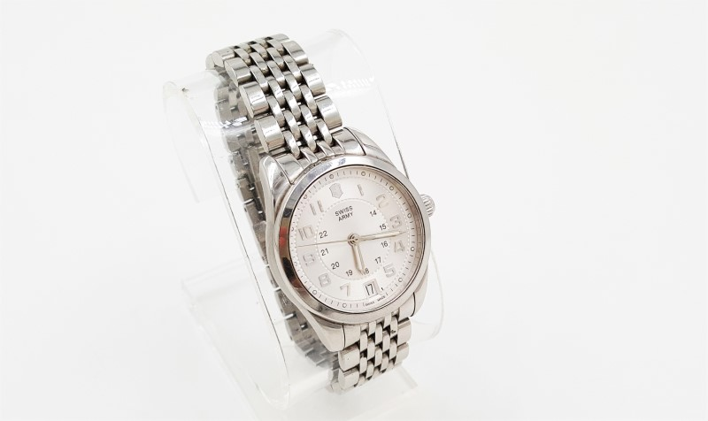 Victorinox Swiss Army Women's 241076 Ambassador Automatic Watch