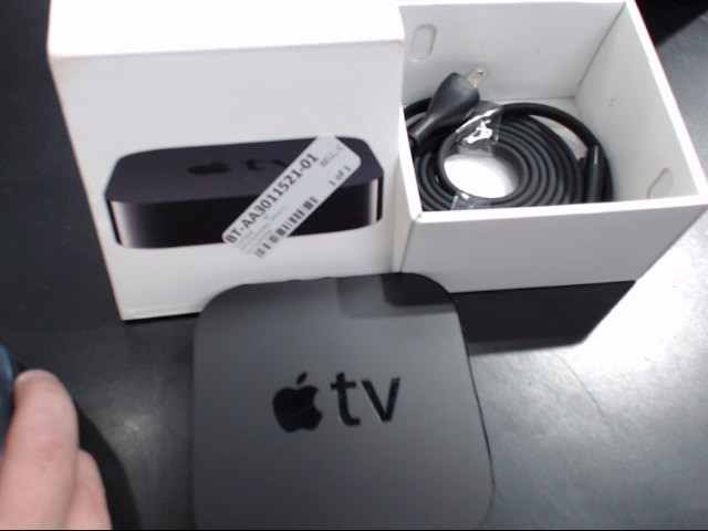 APPLE TV A1469 NO REMOTE/ w/prw cord