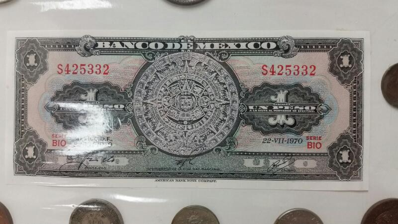 BANCO DE MEXICO PESO COLLECTION WITH DATES FROM 1966 1974 1940 1951 1964