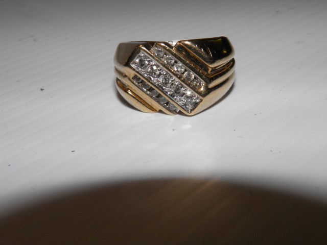 Gent's Diamond Cluster Ring  Size 10