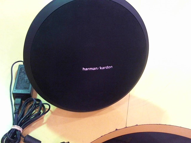 HARMAN KARDON Speakers ONYX STUDIO WIRELESS SPEAKER