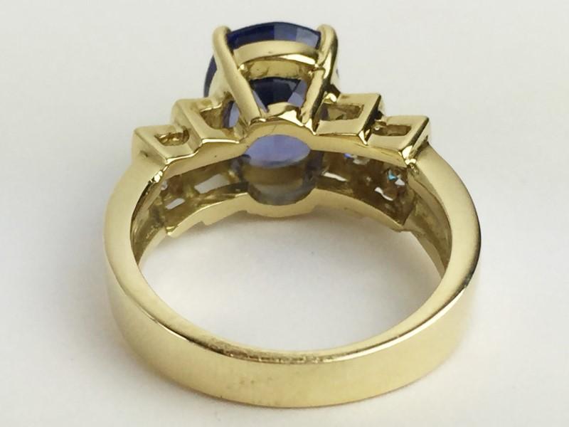 Lady's Tanzanite & Diamond Ring 8 Diamonds .24 Carat T.W. SZ 7