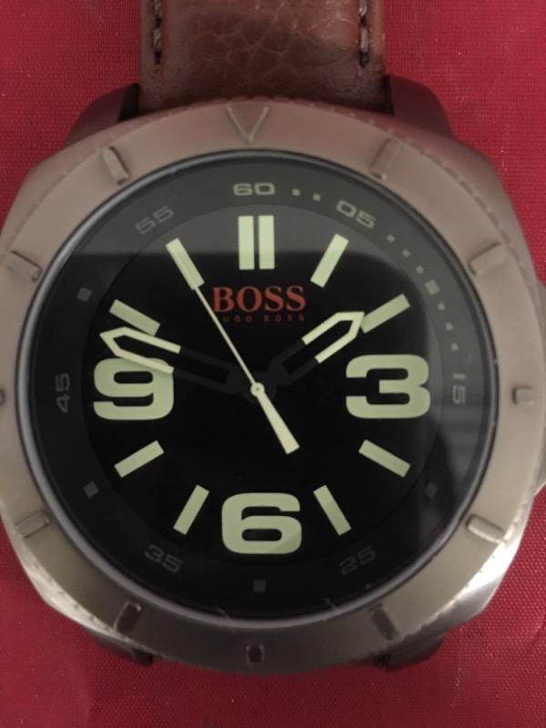 HUGO BOSS Gent's Wristwatch HB.239.1.34.2755