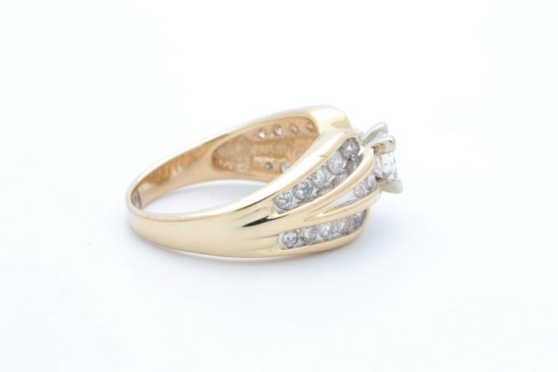 ESTATE DIAMOND RING SOLID 14K YELLOW GOLD ENGAGEMENT WEDDING SIZE 6