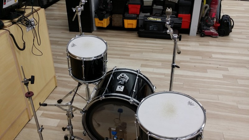 SONOR FORCE 2000 DRUMSET 3 PIECE WITH HARDWARE