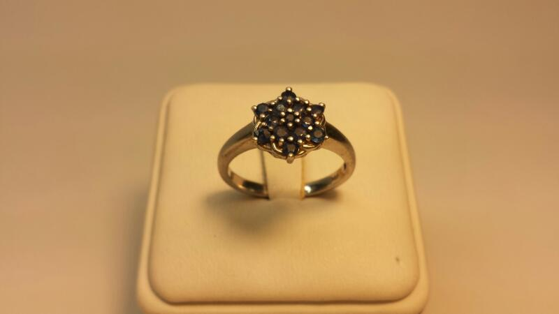 S925 Ring with 13 Round Blue Stones - Size 9