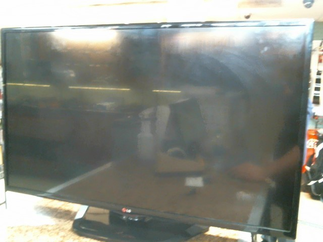 LG Flat Panel Television 42LN5300