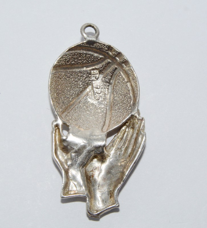Sterling Silver Hands Throwing Basketball Diamond Cut Charm/Pendant