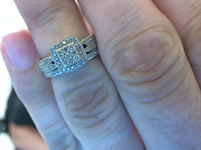 Lady's Diamond Wedding Set 55 Diamonds .300 Carat T.W. 14K White Gold 6.9g