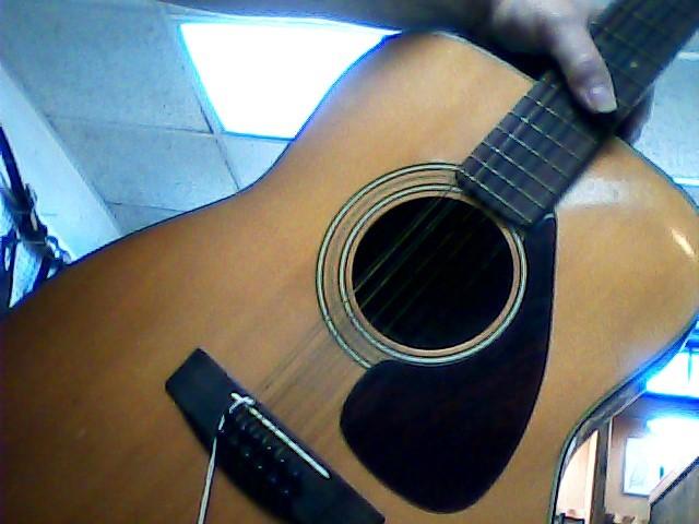 YAMAHA Acoustic Guitar FG-260