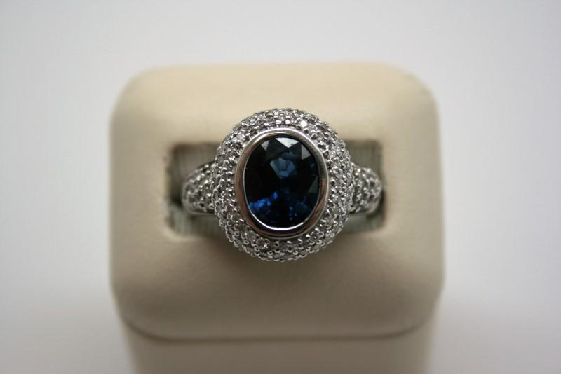 LADY'S SAPPHIRE & DIAMOND RING 14K WHITE GOLD