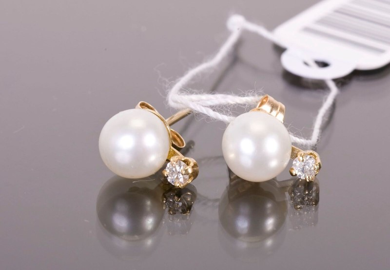Pearl Gold-Diamond & Stone Earrings 2 Diamonds .04 Carat T.W. 14K Yellow Gold