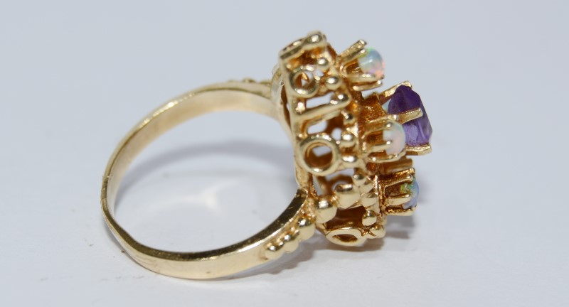 14K Yellow Gold Vintage Inspired Opal & Amethyst Milgrain Shield Ring sz 4