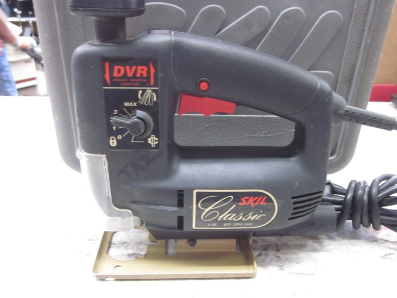 SKIL 4470 VARIABLE SPEED ORBITAL JIGSAW WITH  CASE