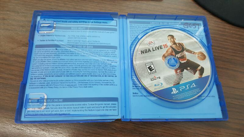 NBA Live 15 (Sony PlayStation 4, 2014) PS4