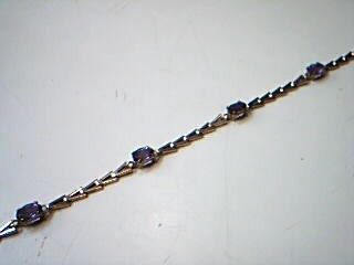 Synthetic Amethyst Gold-Stone Bracelet 10K Yellow Gold 2.5g