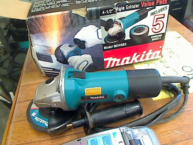 MAKITA Disc Grinder 9524NB