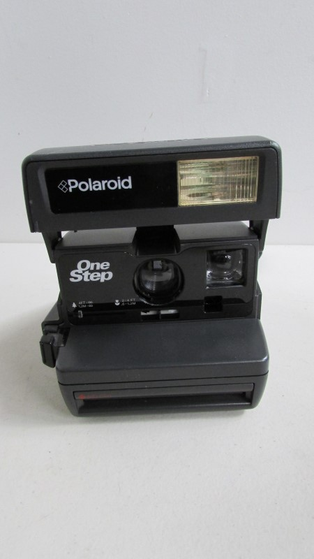 POLAROID Film Camera 600 UNTESTED