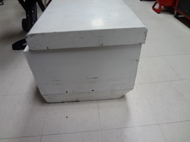 WEATHERGUARD Tool Box 665-3