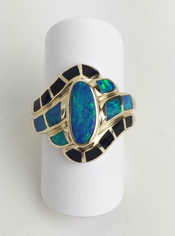 Ladies 14K YG Black Onyx & Opal Ring Size 8