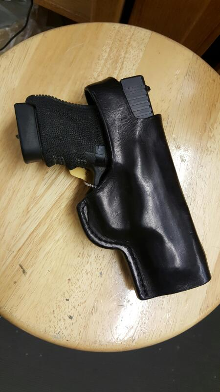 WORD OF MOUTH LEATHER REID FLATTEN CUSTOM BLACK LEATHER HOLSTER, GLOCK 300 .45