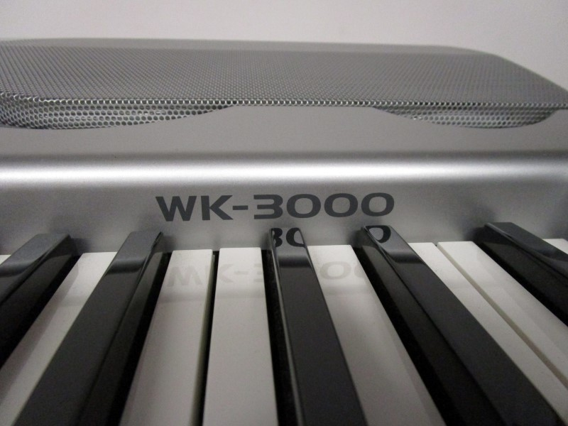 CASIO WK-3000 ELECTRONIC KEYBOARD, LOCAL PICK-UP ONLY