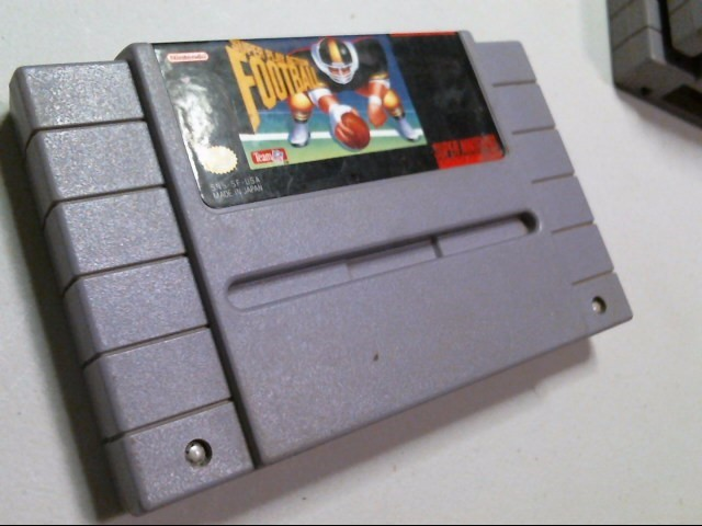 NINTENDO SNES GAME: SUPER PLAY ACTION FOOTBALL
