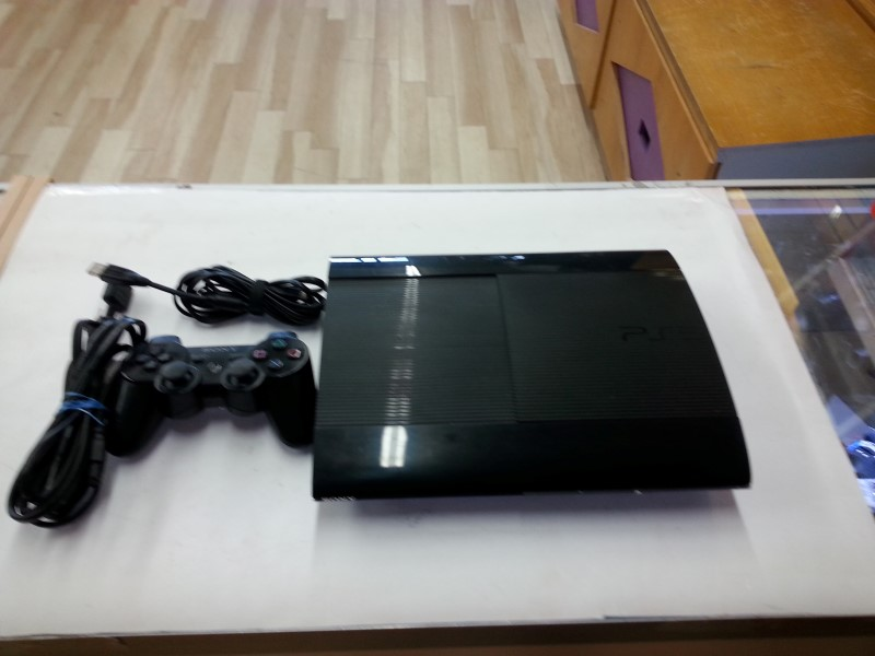 Sony Playstation 3 - 250GB