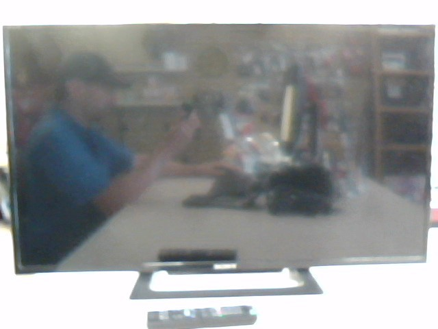 """SONY KDL-32R300C 32"""" LED TV WITH REMOTE"""