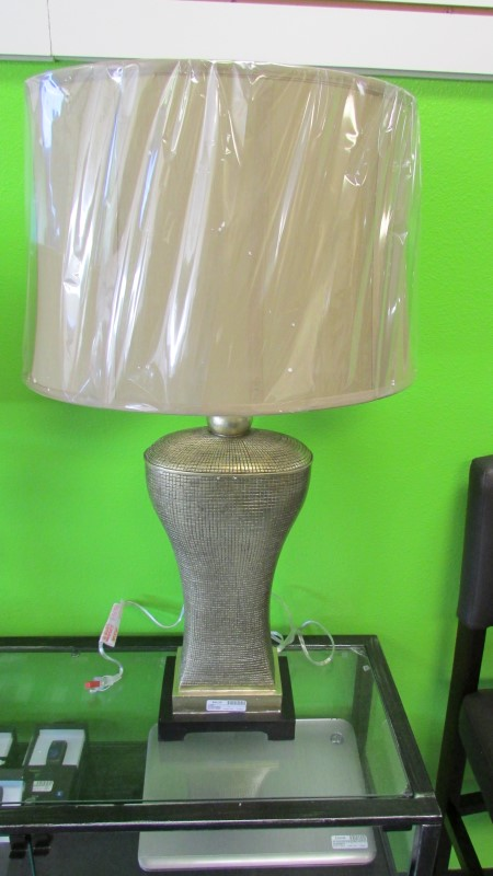 DIAMOND LIGHTING TRUMP HOME LAMP