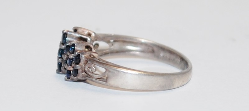 Women's Sterling Silver Shared Prong Sapphire Cluster Ring Size 6