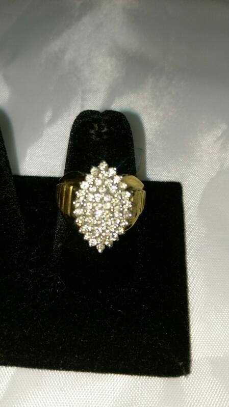 Lady's Diamond Cluster Ring 48 Diamonds .48 Carat T.W. 10K Yellow Gold 5.3g SZ 8