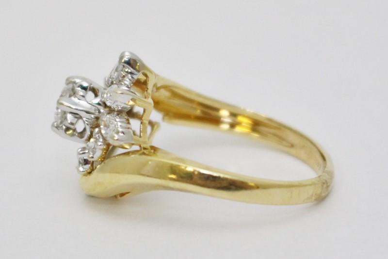 Lady's Diamond Cluster Ring 16 Diamonds 2.00 Carat T.W. 14K Yellow Gold 6.15g
