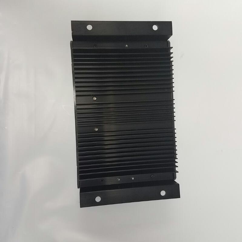 THUNDERBOLT SOLAR 500 WATT CHARGE CONTROLLER MODEL 68738