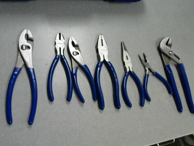 PITTSBURGH 7 PIECE PLIERS