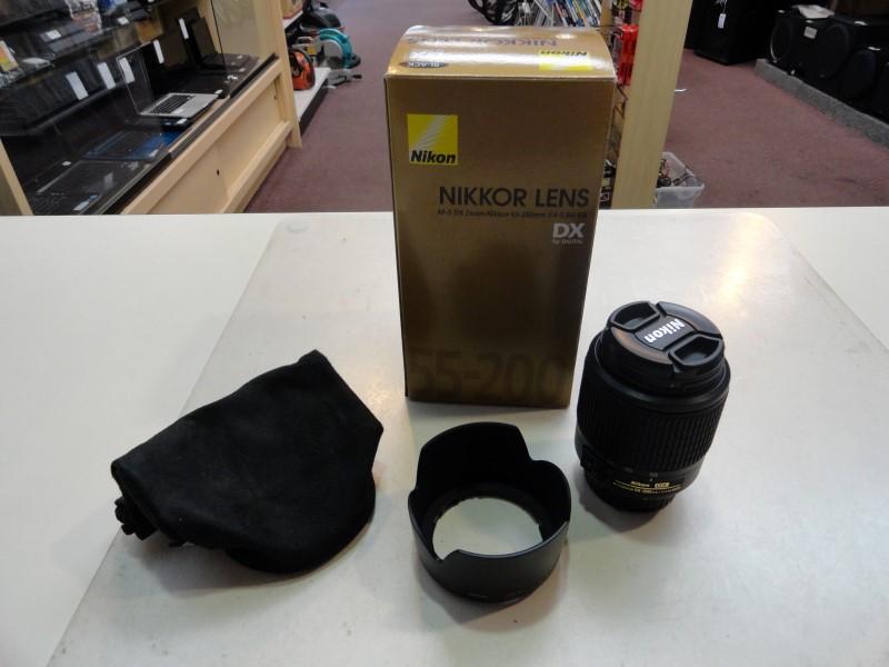 Nikon AF-S DX Zoom-Nikkor 55-200mm f/4-5.6G ED Lens