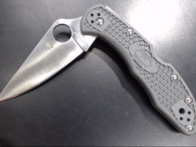 SPYDERCO Pocket Knife DELICA 4