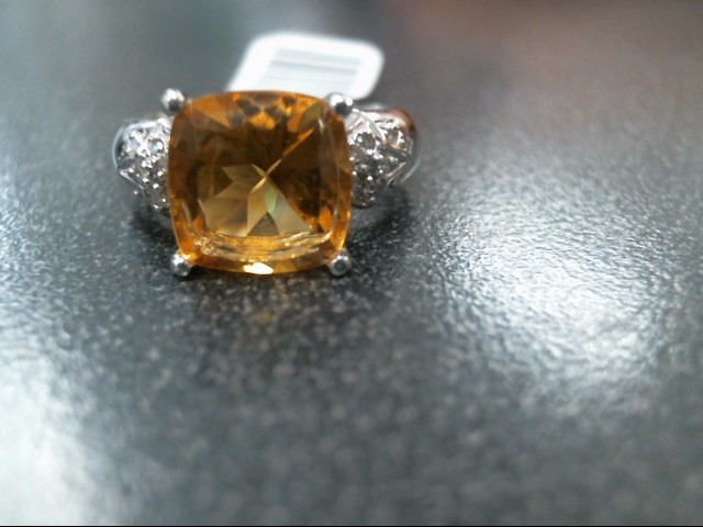 Yellow Stone Lady's Stone & Diamond Ring 16 Diamonds .16 Carat T.W.