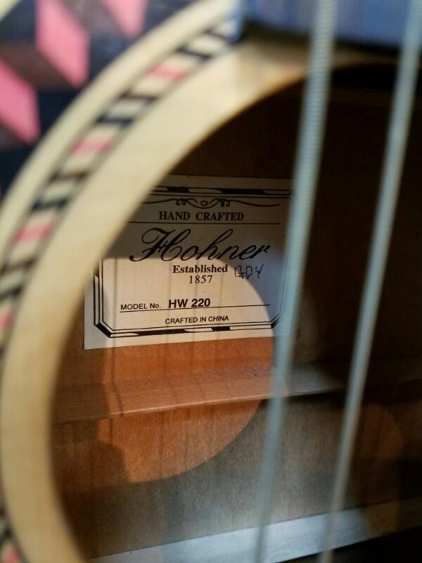HOHNER Acoustic Guitar HW220