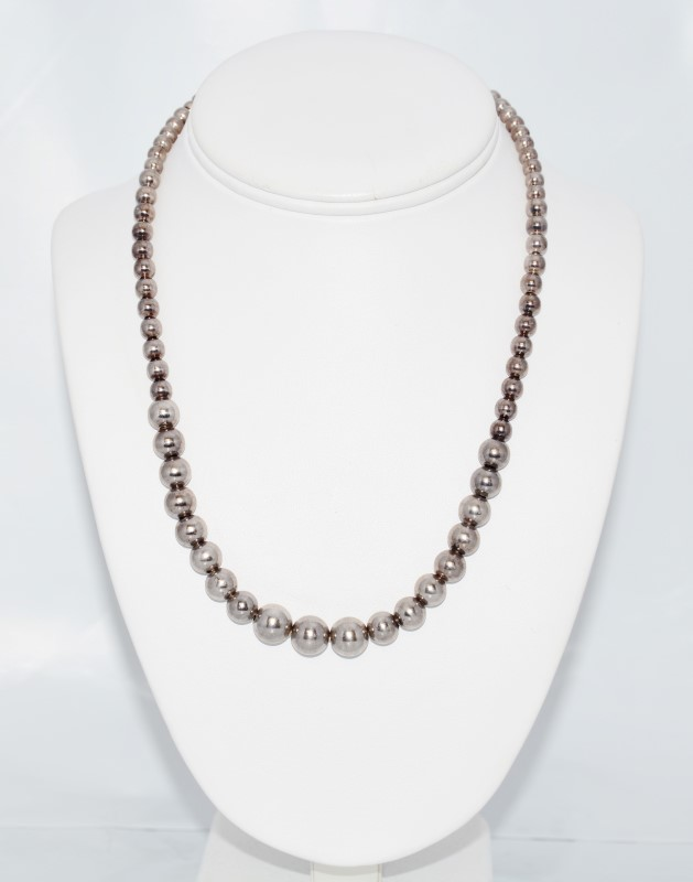 """18"""" Sterling Silver Tapered Beaded Ball Necklace"""
