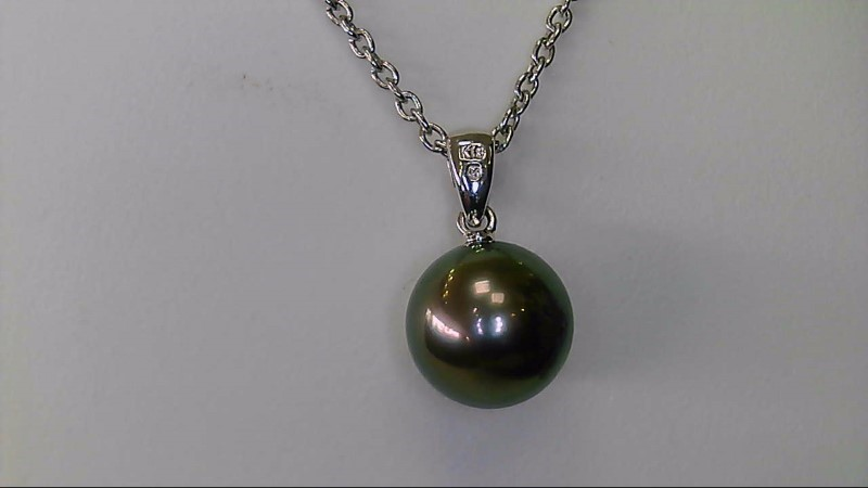 ESTATE WG WITH 9MM  BLK PEARL NECKLACE