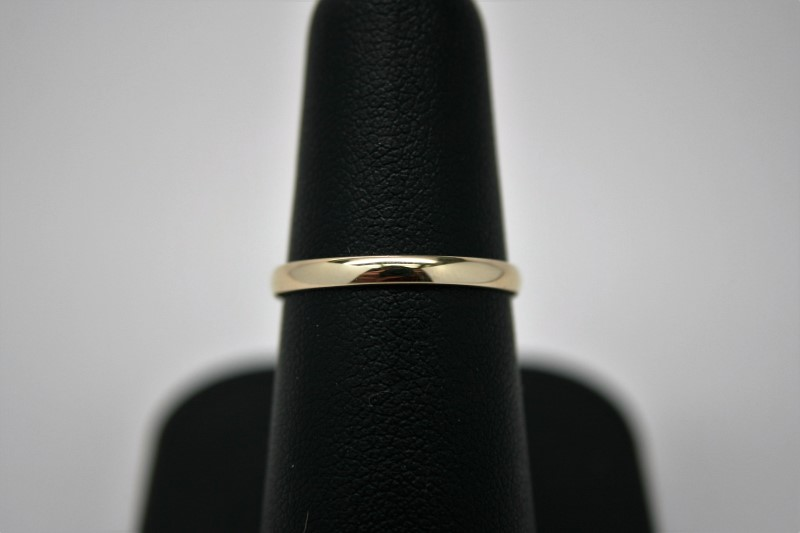 LADY'S GOLD BAND 10K YELLOW GOLD