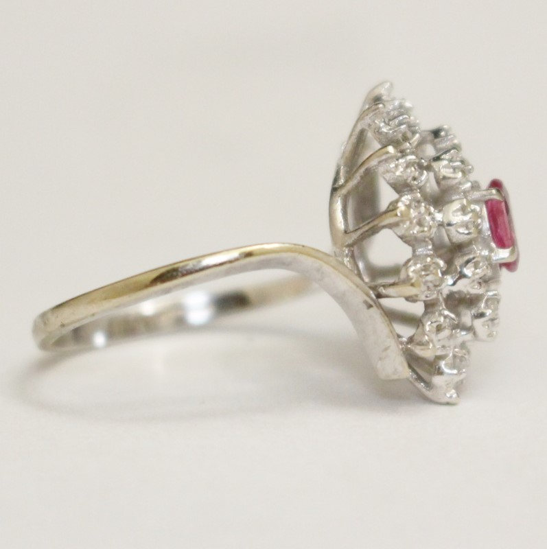 10K White Gold Pink TOPAZ & Diamond Cluster Ring Size 6.25