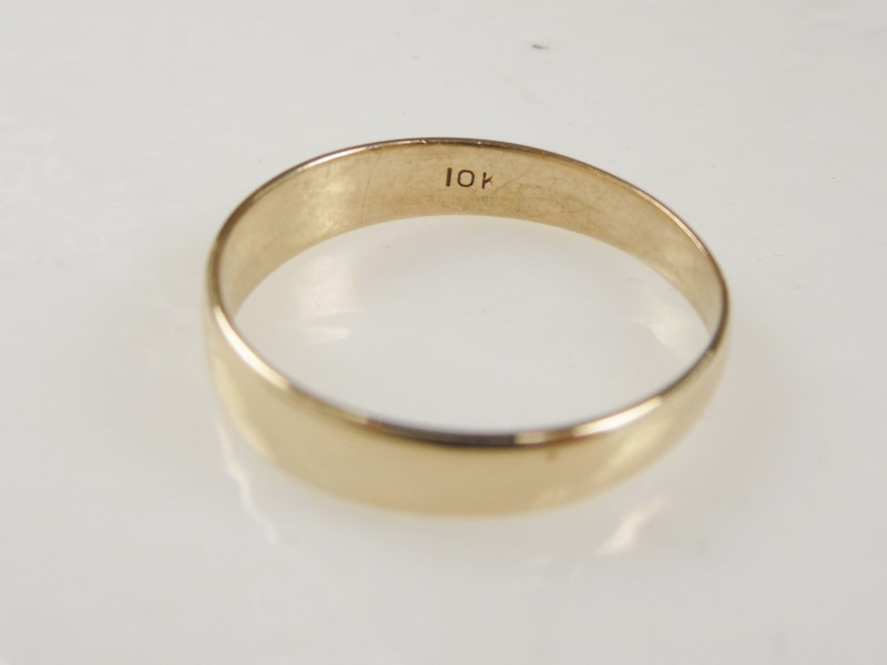 GENT'S PLAIN WEDDING BAND 4.5MM10KYG 2.2G SZ.9