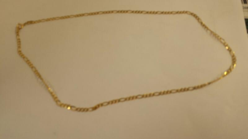 "17"" Gold Figaro Chain 10K Yellow Gold 2.2dwt"