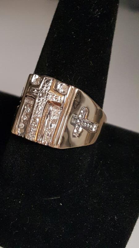 Gent's Diamond Fashion Ring 12 Diamonds .12 Carat T.W. 10K Yellow Gold 3.3dwt